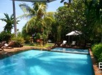 cosy-beachfront-cottage-for-sale-1