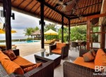 luxery-beachfront-villa-10