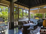 sanur-rustic-villa-for-sale-with-large-garden-05