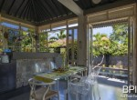 sanur-rustic-villa-for-sale-with-large-garden-07