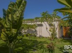 sanur-rustic-villa-for-sale-with-large-garden-11