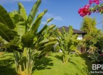 sanur-rustic-villa-for-sale-with-large-garden-12
