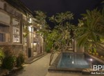 sanur-rustic-villa-for-sale-with-large-garden-16