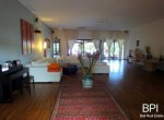 spacious-freehold-villa-with-large-land-11