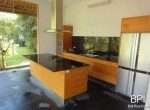 spacious-freehold-villa-with-large-land-13