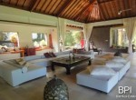 spacious-freehold-villa-with-large-land-14