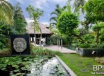 the-only-absolute-beachfront-villa-in-central-lovina-2