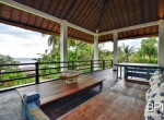 the-only-absolute-beachfront-villa-in-central-lovina-25