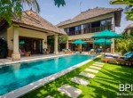 villa-in-the-heart-of-seminyak-with-paddy-view-01