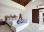 villa-on-walking-distance-from-the-beach-19