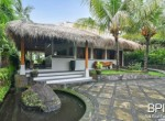 villa-with-restaurant-and-guesthouses-1