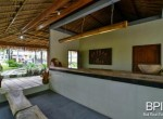 villa-with-restaurant-and-guesthouses-11