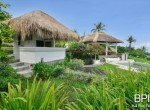 villa-with-restaurant-and-guesthouses-15