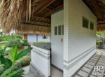 villa-with-restaurant-and-guesthouses-16