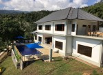 Newly built hillside villa with 4 bedrooms