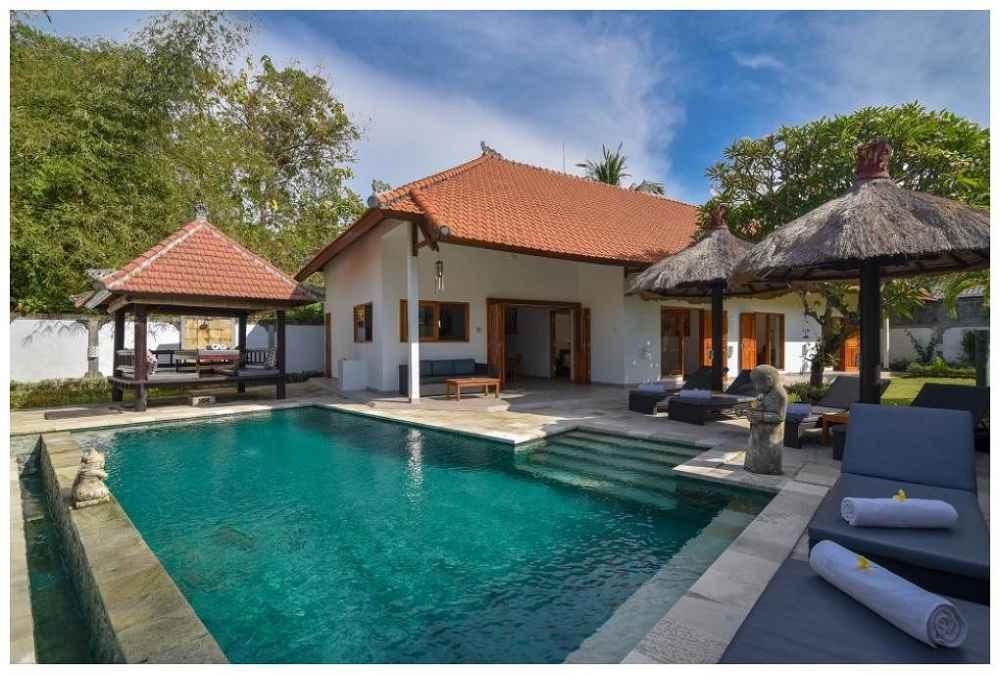 Villa And Pool Palm Living Bali Long Term Villa Rentals Villa Punyan