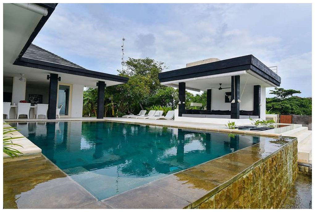 Villa Bali Wahyu Sedana The Pool