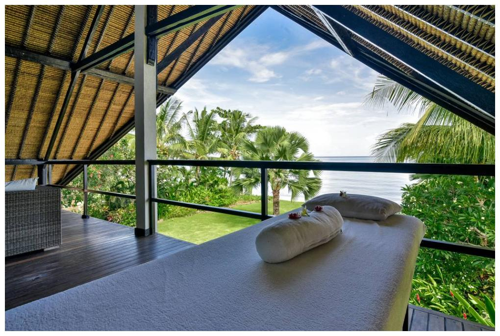 Villa Sheeba Interior Massage Table