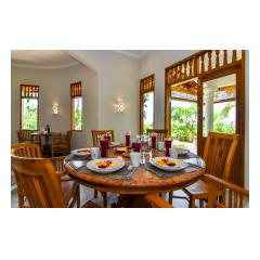 Dining Table - Palm Living Bali Long Term Villa Rentals