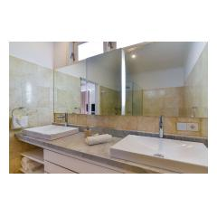 Bathroom Sinks - Palm Living Bali Long Term Villa Rentals