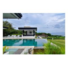 Overflow Pool - Palm Living Bali Long Term Villa Rentals