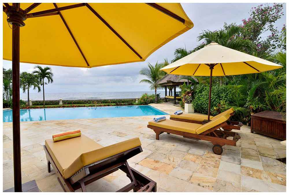 Picture Of Bali Villa Building Sunbeds And Pool