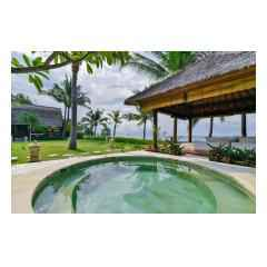 Jacuzzi - Bali Villa Construction and Development - Palm Living Bali