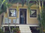 cosy-beachfront-cottage-for-sale-3