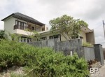 large-residential-villa-with-views-02