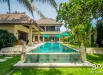 villa-in-the-heart-of-seminyak-with-paddy-view-02