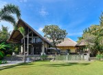Palm Living-Three Bedrooms Beachfront Villa-Lokapaksa-5