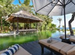 Palm Living-Three Bedrooms Beachfront Villa-Lokapaksa-11