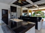 Palm-Living-Luxurious Villa-Singsing-Temukus10